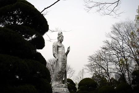silver_statue