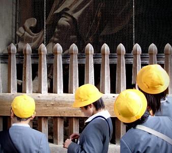 yellow_hats
